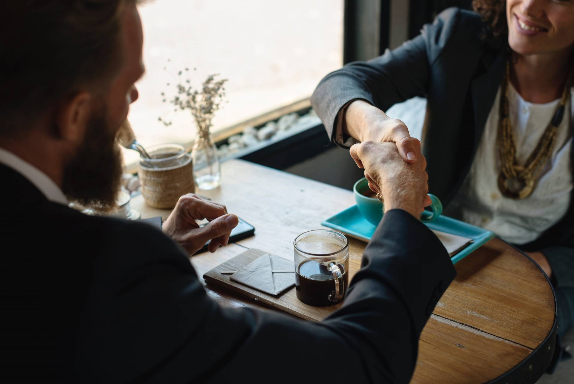 5 Steps to Outshine Your Competition In a Job Interview